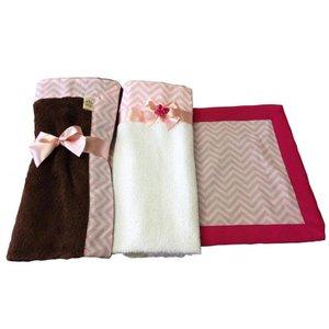 Kit Enxoval para pet 3 Peças: Cobertor, Toalha e Tapete