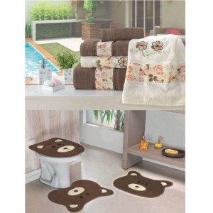Kit Decoração Banheiro = Toalhas de Banho Passione + Jogo de Tapete Ursinho - Tabaco