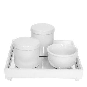 Kit Higiene Espelho Potes e Molhadeira Branco Quarto Bebê Unissex
