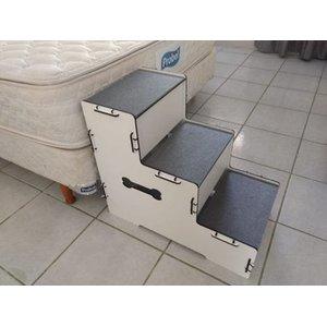 - Escada Pet Mdf Com Tapete Antiderrapante. 50cm Altura