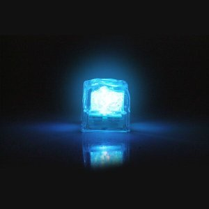 Kit 40 Cubo Gelo Luminoso Pisca Sortidos