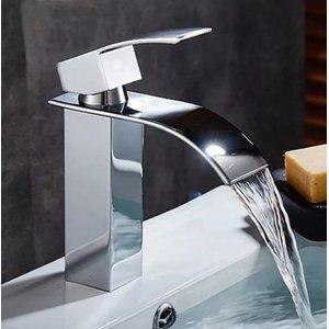 Torneira Lavatório Banheiro Quadrada Slim Misturador Monocomando Baixa Metal Cromado T103-04 Luuk Yo