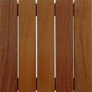 Deck de Madeira Modular Base Madeira Isabela Revestimentos 50cm x 50cm (Placa)