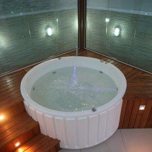Banheira de Hidromassagem 5 Jatos Eco Spa Ouro Fino